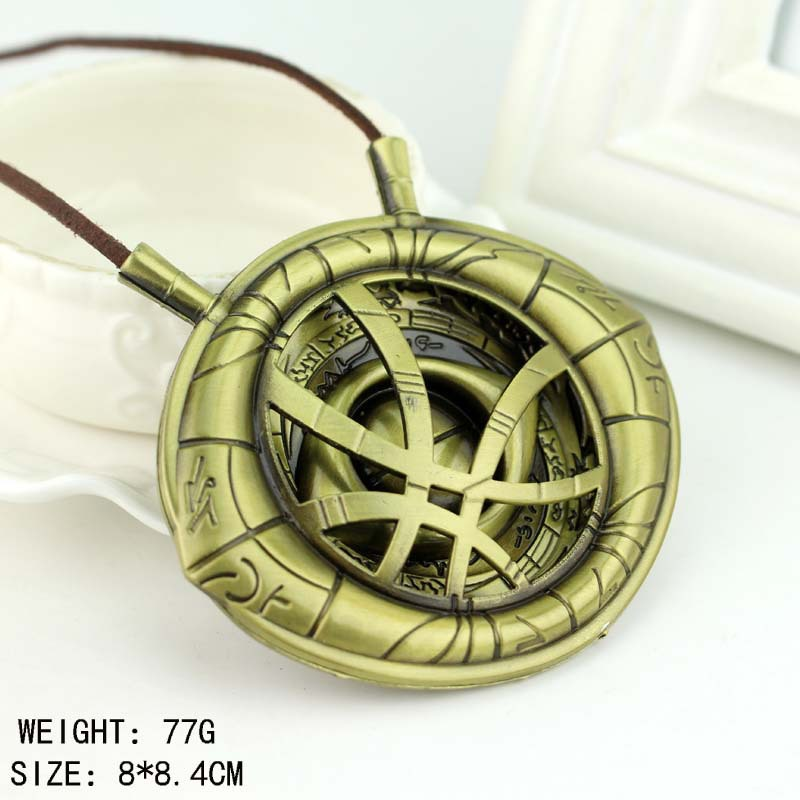 1:1 High Quality  Doctor Strange Necklace Eye Of Agamotto Amulet Antique Bronze Pendant  Long Necklace Cosplay Jewelry Cosplay