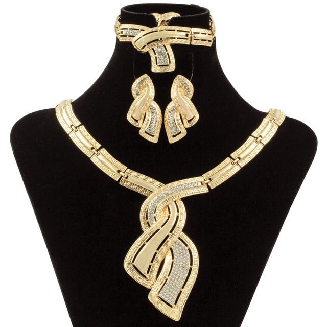 אופנה אפריקאית דובאי זהב תכשיטי ניגרית קריסטל שרשרת עגילי חישוק נשים איטלקי כלה תכשיטי סטי אביזרי חתונה