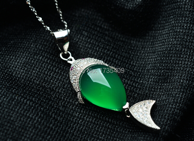 Pure 925 Sterling Silver Green Chinese 100% Natural Jade/Jadeite Fish Pendant