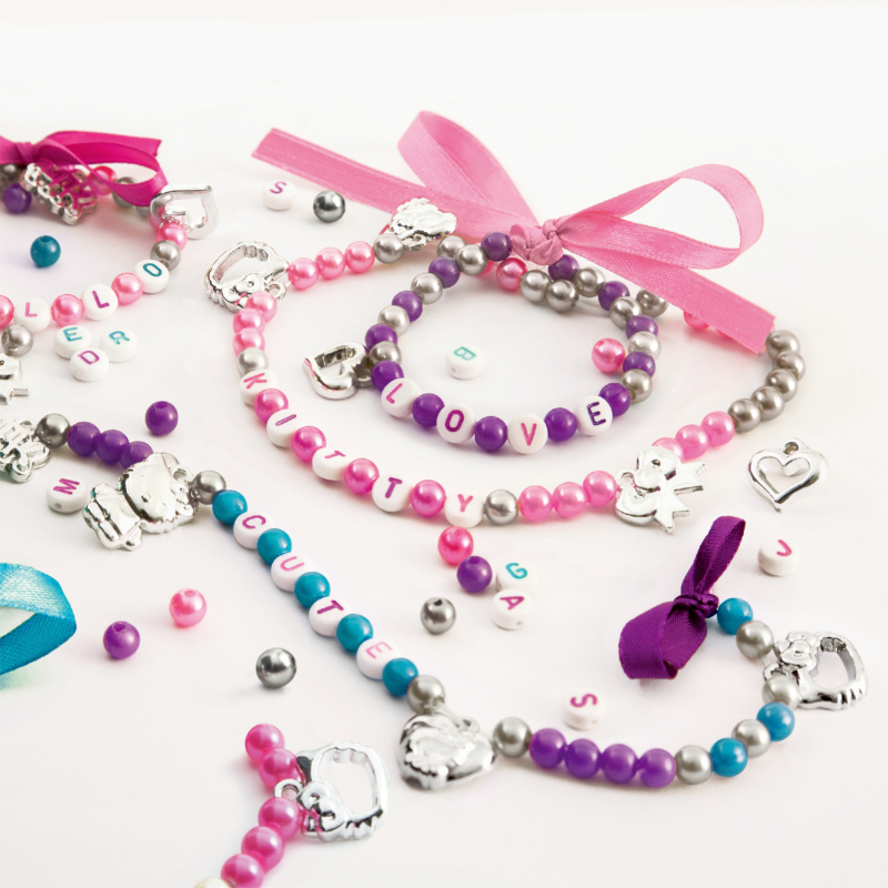 HELLO KITTY  Personnalise Tes Bijoux 500+ Perles/beads 24 Charms Tendance Alphabet Trend Jewelry For Girls Gifts