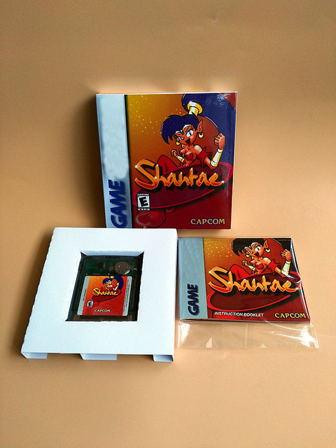 8bit ゲームカード: Shantae (ボックス + マニュアル + カートリッジ!!)