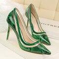 Mujeres Bombas de los Altos Talones Del Dedo Del Pie Puntiagudo Sexy Zapatos de Las Mujeres Suaves Zapatos de Las Mujeres Para La Señora de Tacón Alto Negro Rojo Verde