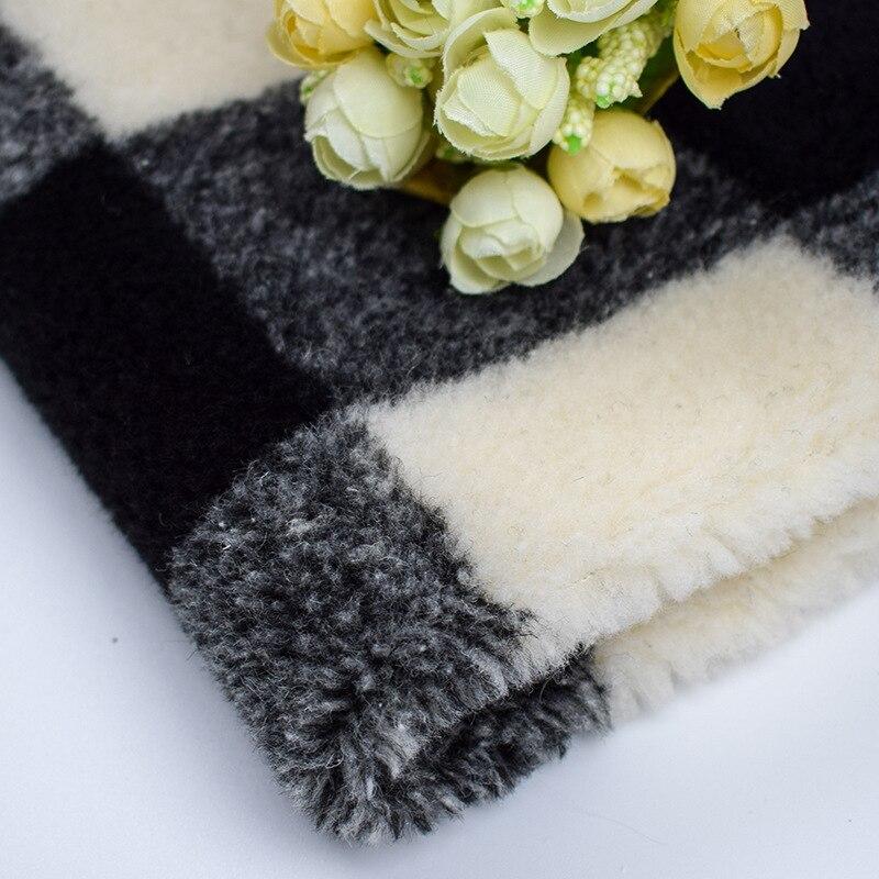 Genteel Black And White Checkered Jacquard Wool Lamb Sheep Sheared Faux Fur Furry Fashion Pillow Fabric 470gsm Fabric