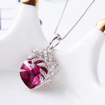 Embellished crystal Heart Necklace  3