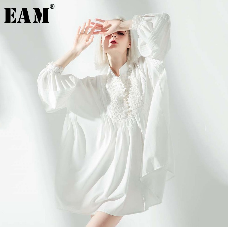 [EAM]2019 New Spring Summer Stand Collar Long Lantern Sleeve White Loose Buckle Big Size Bandage Shirt Dress Women Fashion JO370