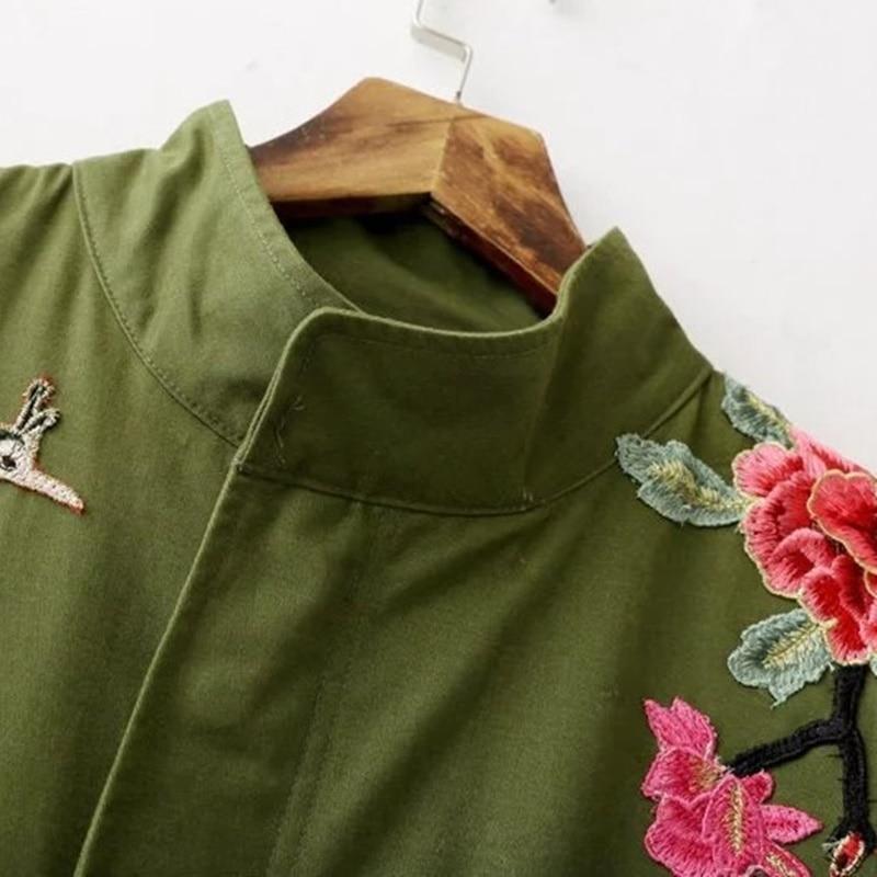 dea13afcd7d8 Ricamato-giacca-boho-chic-hippie-abbigliamento-delle-donne -bomber-giacche-stile-Giapponese-kimono-giacche-donna-inverno.jpg