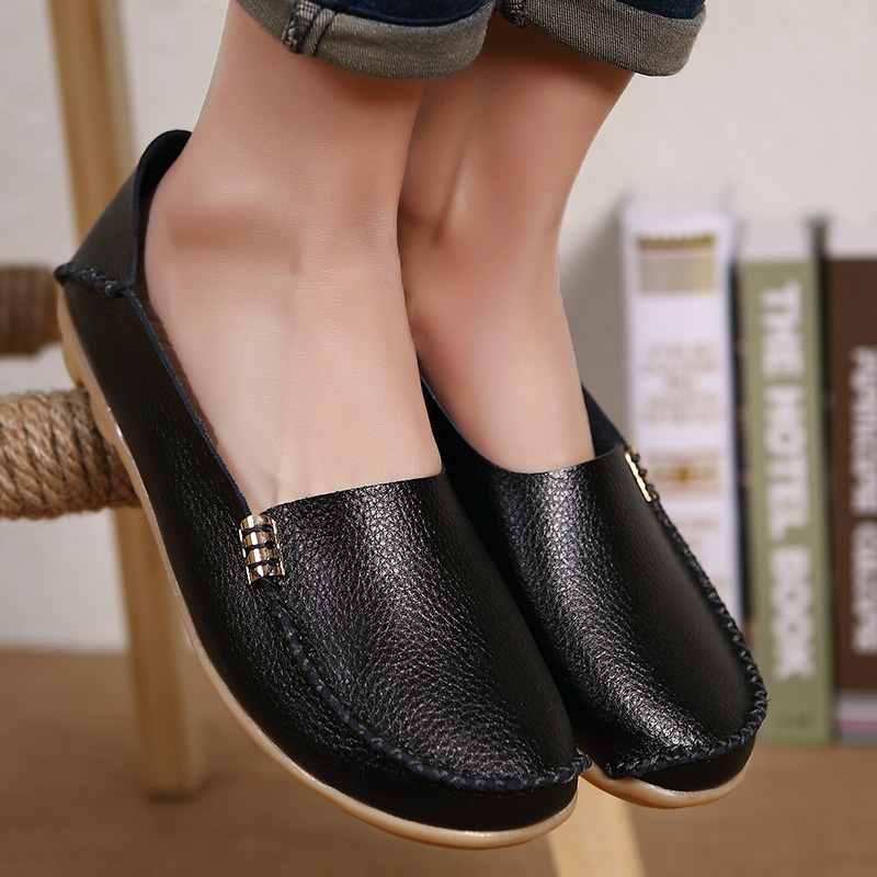 New Fashion Casual Women Flat Shoes Leisure Solid Mother Shoes Breathable Moccasins Loafers Ladies Flats Shoes Footwear YST432 ladies leisure casual flats shoes patent leather lady loafers sexy spring women shoes brand footwear shoes size 33 48 p16177