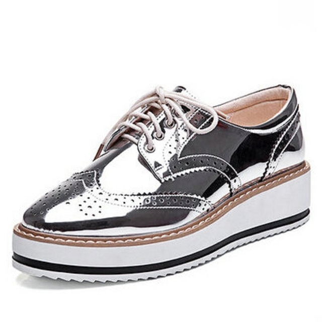 350b410541 New Womens Winged Oxford Lace Up Striped Platform Metallic Silver Black  Fashion Vintage Platform Bullock Flat