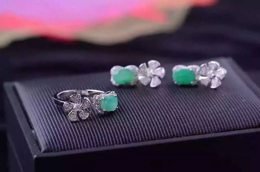 Natural green emerald gem jewelry sets natural gemstone ring Earrings 925 silver Stylish windmill Flowers women gift jewelry stylish daisy flowers solid color ring for women