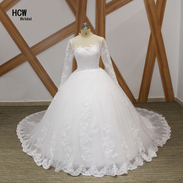 848b6d95d52 Long Train Wedding Dress 2019 White Puffy Lace Tulle Ball Gown Wedding  Dresses With Long Sleeves Vintage Arabic Bridal Gowns