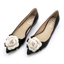 Primavera 2017 de la marca mismo estilo de las mujeres de la camelia flores colores mezclados cuero Genuino dedo del pie puntiagudo zapatos planos de la señora del zapato Envío gratis