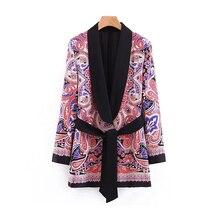 6c4915dac71 Estampado Floral de las mujeres de Blazer 2019 primavera-otoño Chic Rebeca  trajes cinturón mujer Boho chaquetas Kimono de mujer .