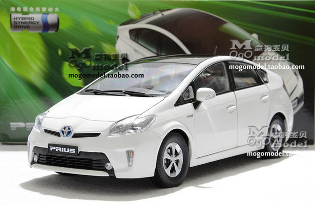 Factory 1:18 TOYOTA Prius Hybrid Model Car - black only