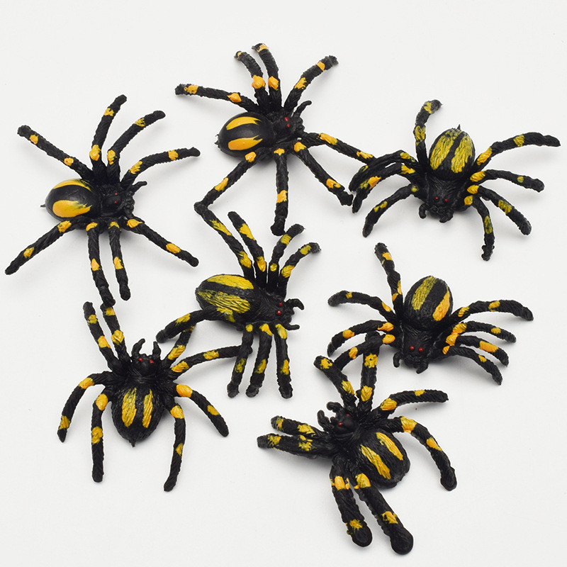 10pcs PVC Artificial Simulation Plastic Bugs Fake Spiders For Halloween Party Favors Decoration Toys Game Party Dress Up Props