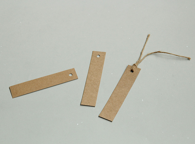 Long hanging card, blank tag, spot kraft paper clothing, DIY antique bookmark, hand drawn message card, bookmark.