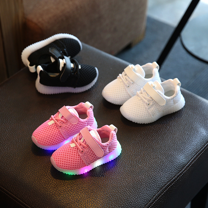 2018 hot sales fashion glowing colorful shoes baby high quality sports tennis toddlers girls boys mesh breathable baby sneakers