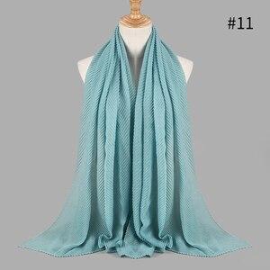 Image 5 - 패션 pleated 맥시 crinkled hijabs 스카프 우아한 목도리 일반 맥시 이슬람 hijab 여성 주름 스카프 shawls 부드러운 머플러 1 pc
