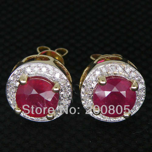 Round 6mm Solid 14Kt Yellow Gold Diamond Red Ruby Earrings For Sale ESR006