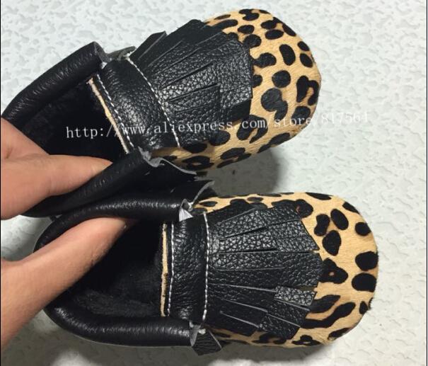 Nuevo grano del leopardo double fringe franja zapatos mocasines arco zapatos de bebé de cuero genuino suave newborn primer caminante antideslizantes niños zapatos