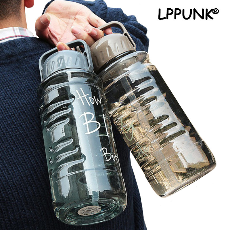 Bpa-fri 1500ml 2000ml stor kapacitet Plastutrymme sportkabel Kreativ och bärbar reseutrustad My Water Straw Bottle