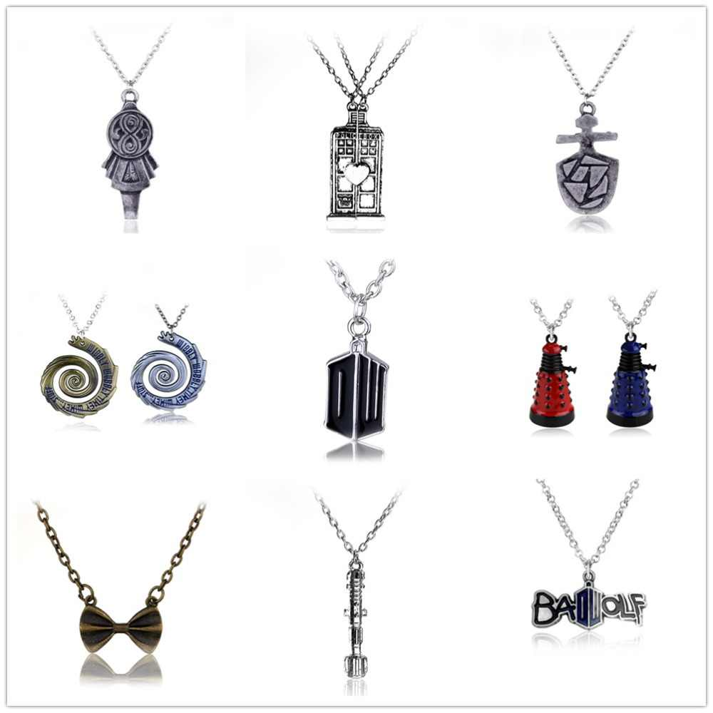 Dr. Mysterious Police Box House Alloy Pendant Necklaces Doctor Who Halloween Statement Necklace Jewelry Graduation Gift