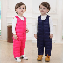 Vente chaude! 2016 hiver enfants enfants duvet de canard bib pantalon salopette enfant en bas âge bébé garçons filles épais chaud pantalon bebe vêtements tn168