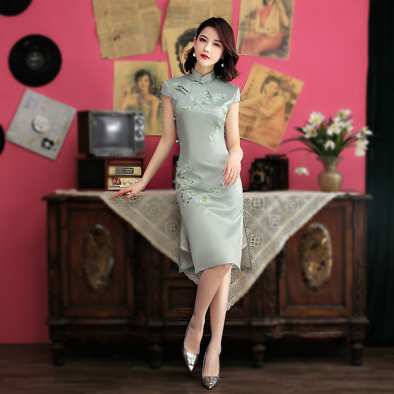 SHENG COCO Female Chinese Cheongsam Embroidery Flower Knee Evening Dress Silk Qipao Solid Color Qi Pao Pink Cheongsam Dress