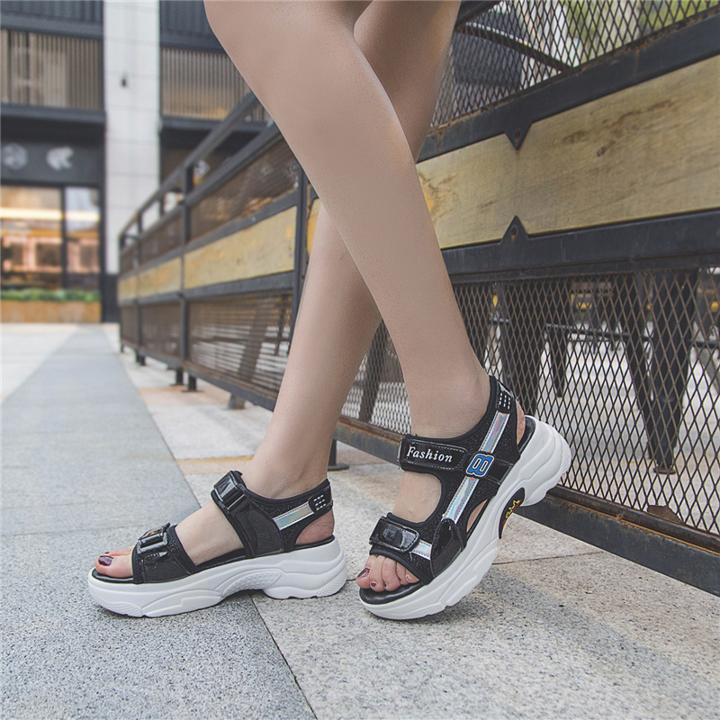 HKJL Sandal lady 2019 summer new Korean student flat flat Roman sports casual hook look platform shoes with thick bottom A344 in Middle Heels from Shoes