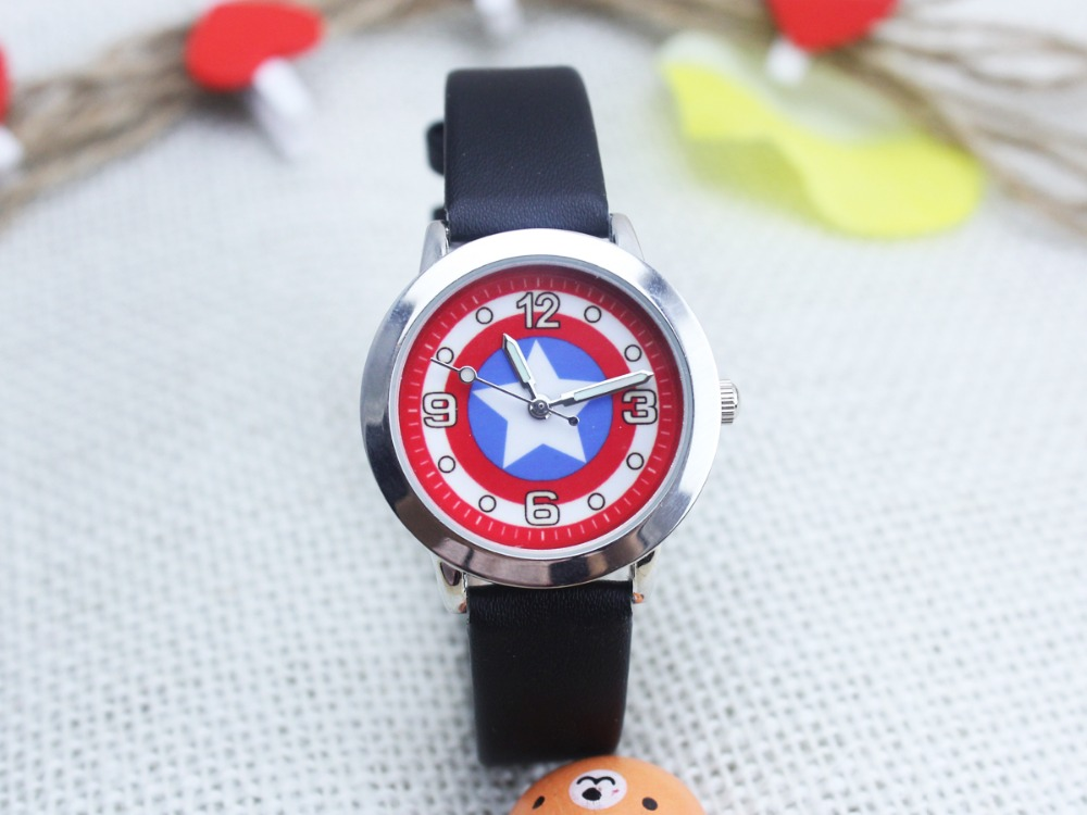 2016 New Marvel Captain America Super Hero Leather Band Metal Watch For Child Boy Gift Y10256
