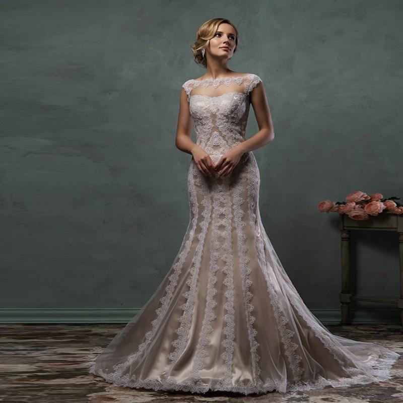 2017 Elegant Champagne Color Lace Appliques Mermaid