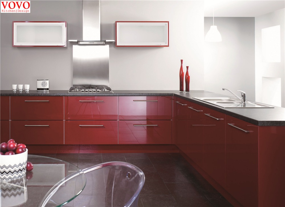 l shaped kitchen in high gloss red color in kitchen cabinets from