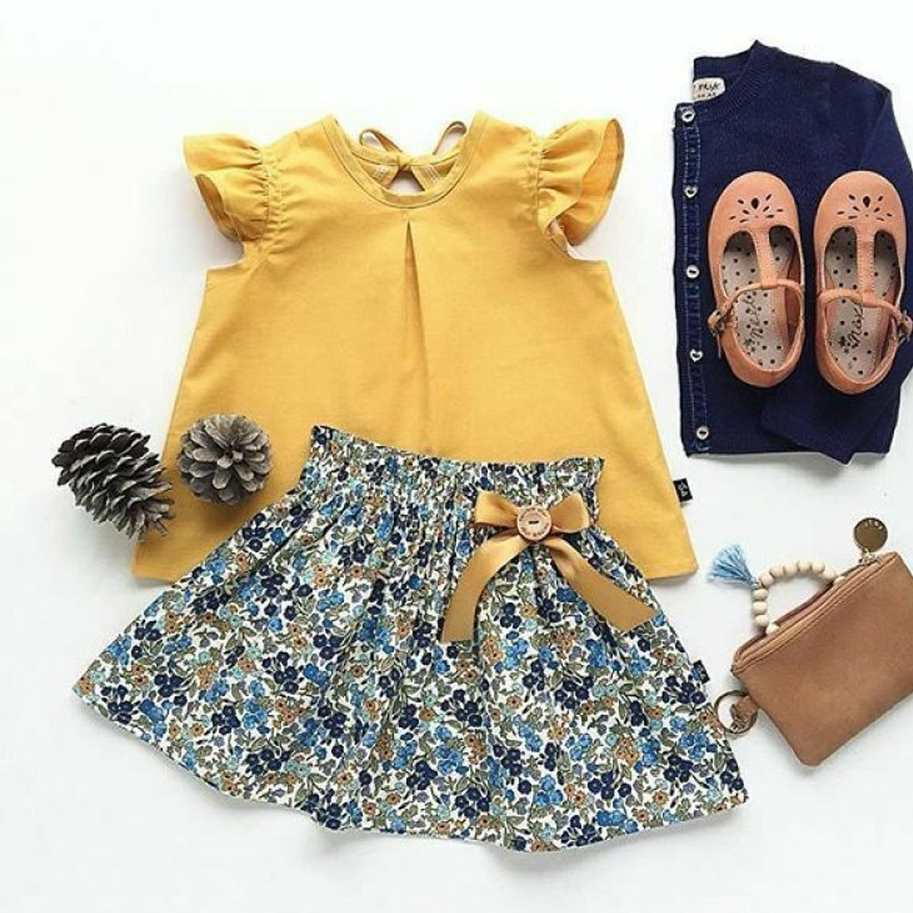 Toddler Girl Short Flying Sleeve Shirt Top And Floral Skirt Clothes Set