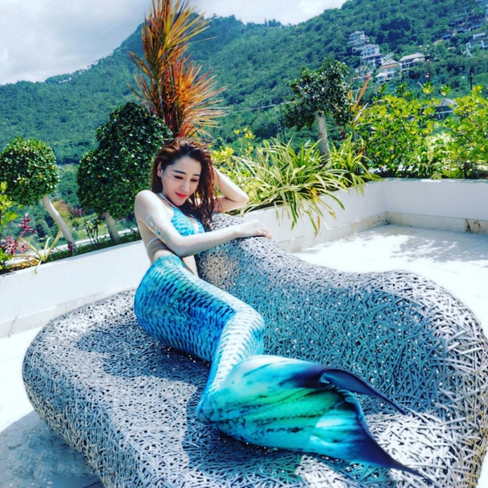 2019 New Adult Swimmable Mermaid Tail With Monofin For Women Bikini Swimsuit Summer Beach Vacation Photos Props Cospaly Costume