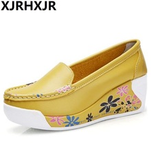 Slip On Women Swing Shoes Flower Print PU Leather Platform Shoes Height Increase Shoes Spring Autumn Girl Lazy Shoes