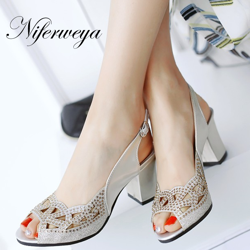 Big size 33-48 summer women pumps sexy Peep Toe Buckle Strap sandals Crystal decoration thick heel high heels zapatos mujerBig size 33-48 summer women pumps sexy Peep Toe Buckle Strap sandals Crystal decoration thick heel high heels zapatos mujer