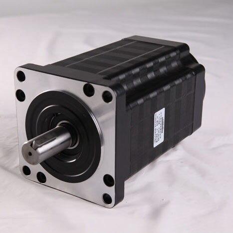 130mm taille micro moteur pas à pas 3 phases aucune marque hybride type1.2 degrés tenant le couple 28 N. m moteur pas à pas CNC