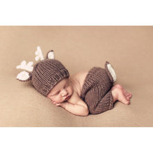 Christmas Deer Design Handmade Crochet Deer Costume Set Knitted Hats and Pants Newborn Photography Props Photo Shoot(China)