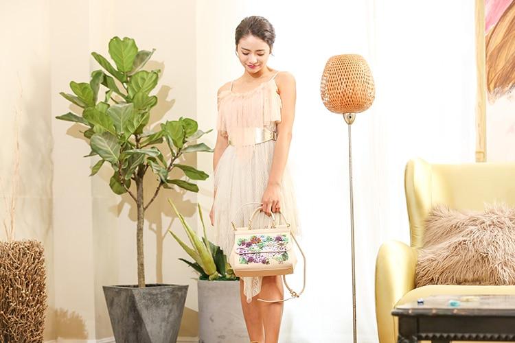 Luxury Designer Inspired Women Handbag Real Leather Embellishments Hydrangea Printed Mini Leather Shoulder Bag (5)