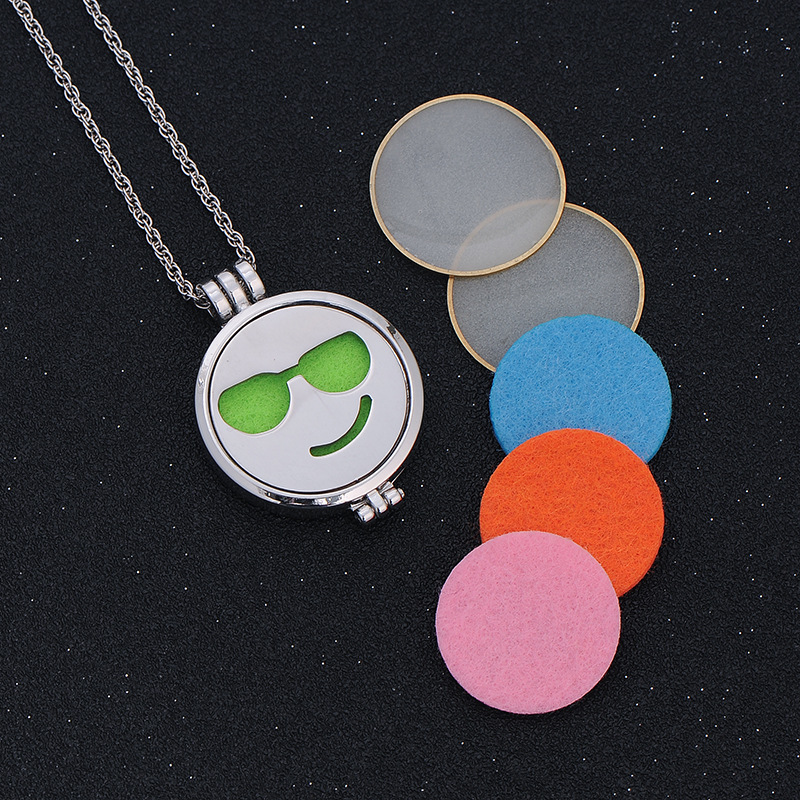 Glow In the Dark Jewelry Aromatherapy Necklaces Essential Oil Diffuser Stainless Steel Face Expression Necklace Pendant
