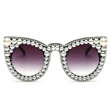 Роскошные Дизайнерские негабаритных Для женщин жемчуг Защита от солнца Очки кошачий глаз Diamond Большой Оттенки мода классический уникальный UV400 партия женский