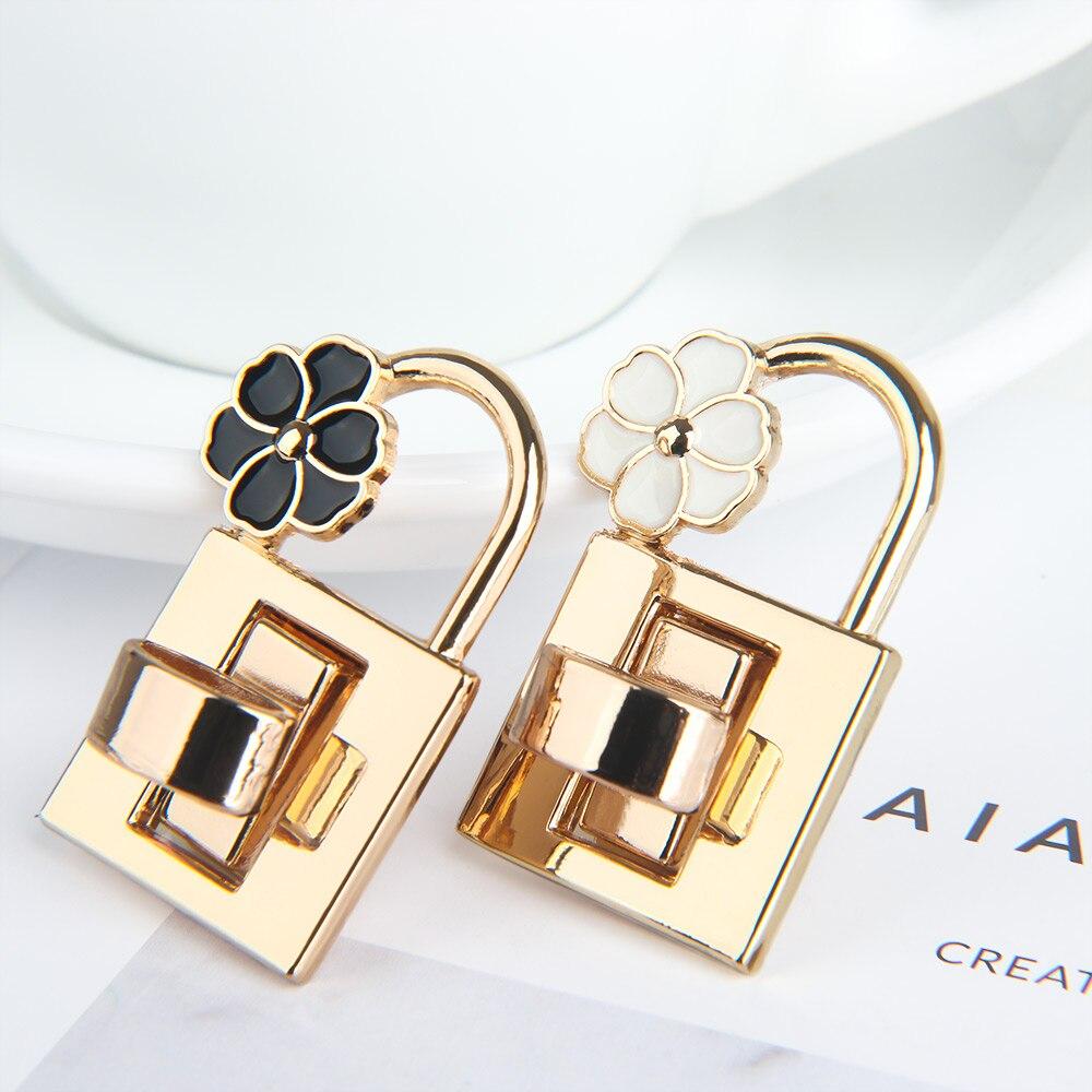 1PC New Metal Clasp Turn Lock Twist Lock For DIY Handbag Craft Purse Hardware Fashion Flower Turn Lock Bags Parts Accessories