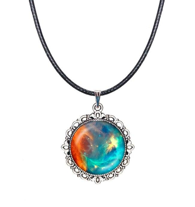 Готический Туманность Цепочки и ожерелья оранжевый зеленый пространство Кулон галактика колье себе Цепочки и ожерелья черный веревку цепи...