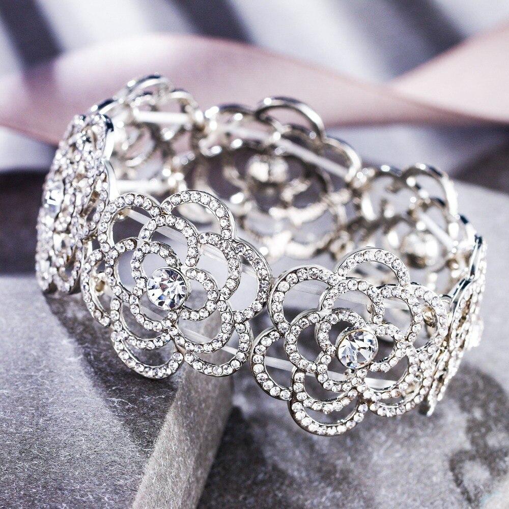 Womens Silver Tone Clear Rhinestones Halloween Spider Bangle Bracelet