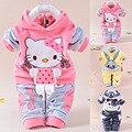 0-24 m otoño/invierno ropa de bebé establece 2 unids hello kitty con capucha de terciopelo niñas bebés ropa de manga larga bebé que arropan el sistema