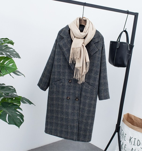 New winter clothing plus velvet thick woolen jacket female Korean version of the long loose large size Plaid woolen coat 1