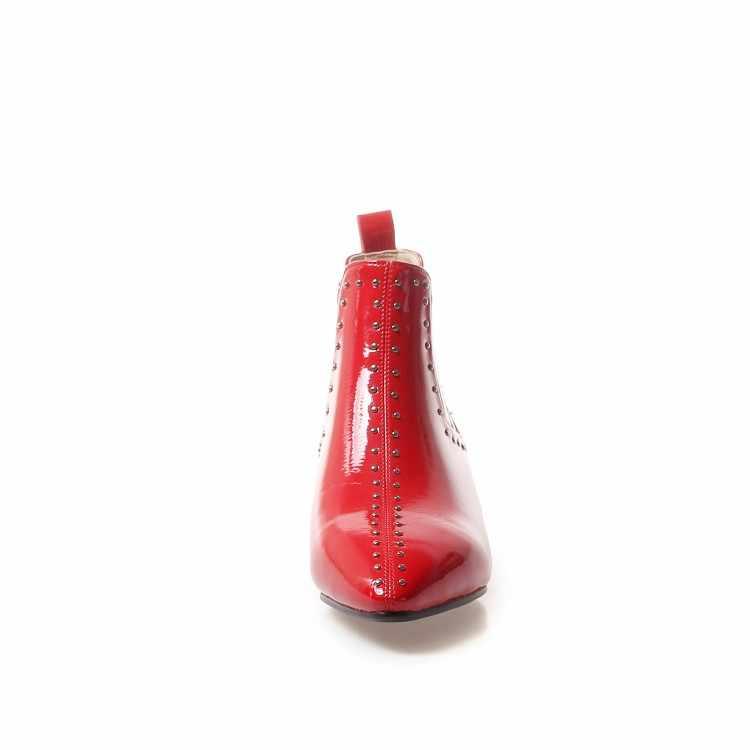 MLJUESE 2019 kadın yarım çizmeler patent deri perçinler alçak topuk kısa peluş kış Chelsea çizmeler kadın çizmeler düğün boyutu 33- 43