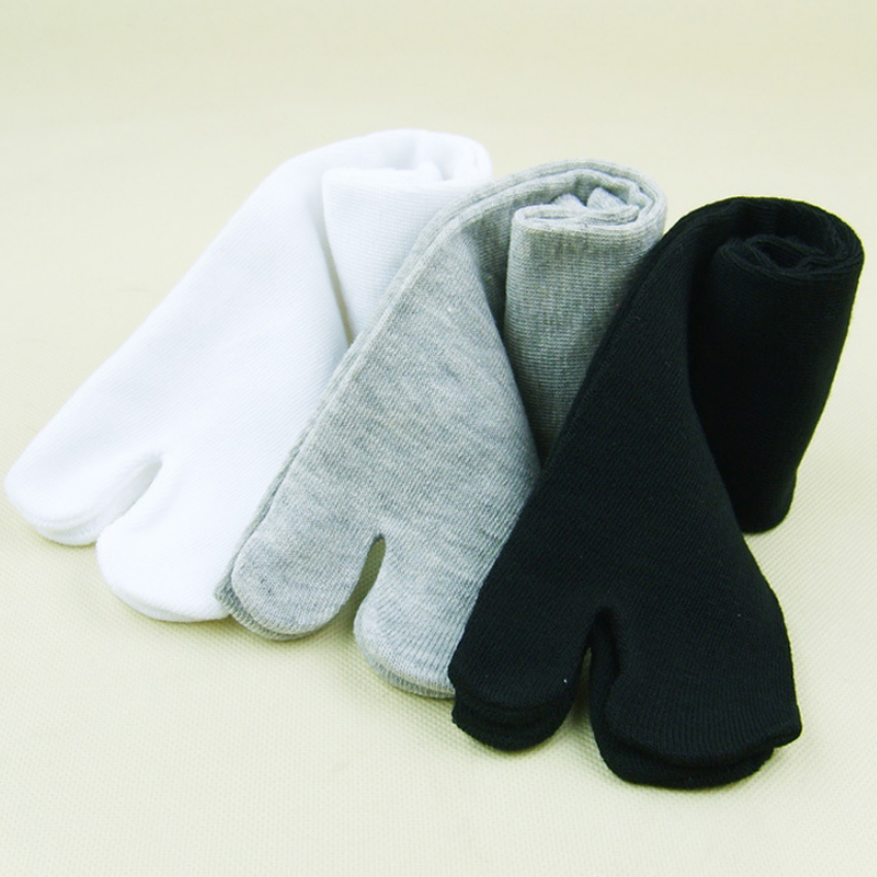 Japanese Two Finger   Socks   Black White Toe   Socks   Unisex Bamboo Fiber Sandal Split Ninja Kimono Flip Flops Summer Men and Women