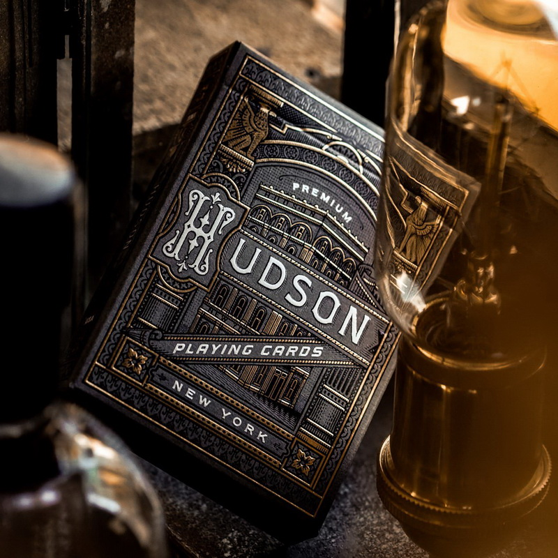 1 Pcs Black Hudson Playing Cards Poker Deck USPCC Custom Limited Edition New Sealed Magic Deck Porps Magia Tricks By Theory11