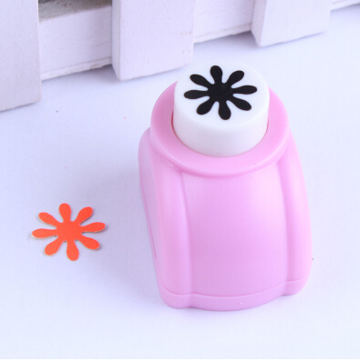 Photo Album DIY 1.5cm Shape Flower Children Middle Size Hand Maker Hole Punch Children Toy Free Shipping Puncher