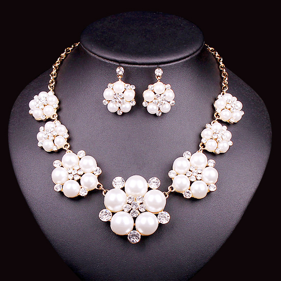 Trendy Indian Jewellery Wedding Party Accessories Bridal Necklace